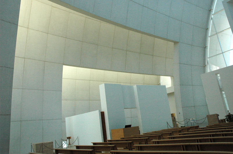 Richard meier church poonchka christine bartell for The jubilee church